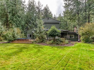 Recently remodeled home w/ large yard & lovely forest setting - 2 dogs OK!