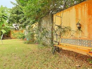 4 family friendly charming villas 7 min walk to Pereybere beach & Supermarket