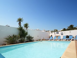 Luxury Villa with Private Heated Pool. Perfect location just 800 metres to beach