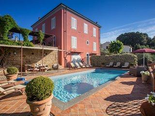 Bella villa in provincia di Pisa, area Volterra e San Gimignano, piscina privata
