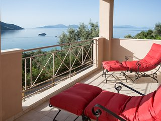 Ponti Villa Sleeps 6 with Pool and Air Con - 5813725