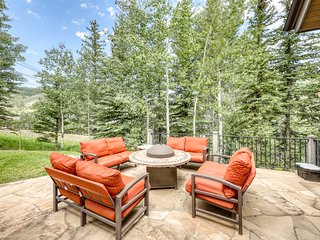 Ski-in/ski-out luxury home w/ private hot tub & steam showers - outdoor living