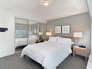 Ten York - 2 Bedroom/2 Bathroom Suite