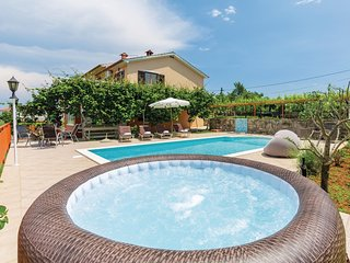 Amazing home in Labin w/ WiFi, 7 Bedrooms and Jacuzzi
