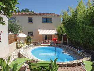 Awesome home in Tourbes w/ WiFi, Outdoor swimming pool and 3 Bedrooms