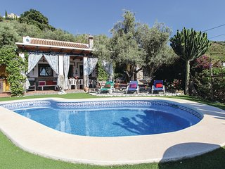 Stunning home in Torrox w/ WiFi and 4 Bedrooms