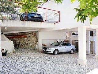 Amazing home in Milatos w/ Jacuzzi, Sauna and WiFi