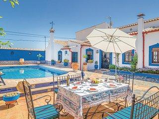 Indrukwekkend vakantiehuis met overdekte veranda