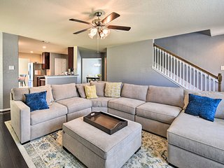 Spacious Conroe Home - 6 Mi to The Woodlands!