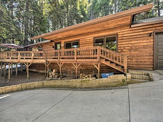 NEW! Pollock Pines Resort Cabin 11Mi to Apple Hill