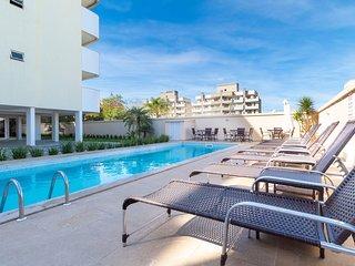 Aluguel Apartamento 2 quartos s/ 1 suite Piscina Bombas/SC 419