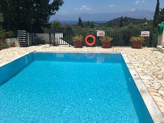 Villa Vista - Villa with Private Pool and Sea & Mountain View