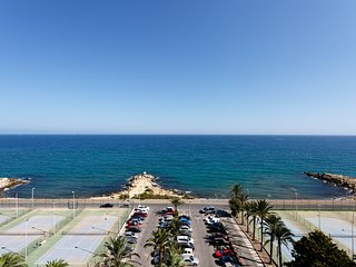 AMAZING FLAT WITH SPECTACULAR VIEWS TO MEDITERRANEAN