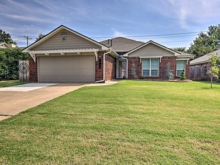 Stylish Home w/ Yard - 2 miles from Central Edmond