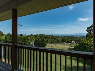 2BR Smokey Mountains Getaway