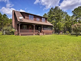 NEW! Farmhouse 11 Mi to Southern Pines + Pinehurst