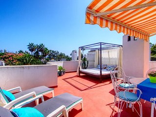 1108 Beachfront 2 apartments with roofterrace 80mtr>beach 3 pools