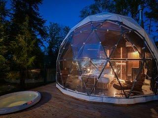 'Love Nest' Mezzanine Dome