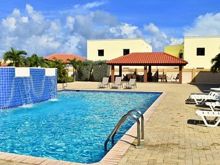 Aruba Breeze Condo B4