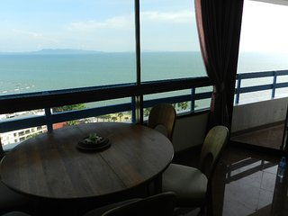 Baobas Orange Apartment, Pattaya, Thailand