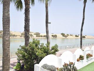 Beach Apartment La Charca