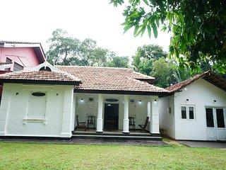 NilaRu Villa