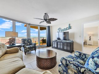 Oceanfront condo with shared heated pool, tennis, basket, and more - Dogs ok!