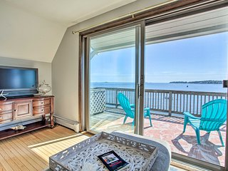 Salem Condo w/ Ocean Views - Walk to Beach!