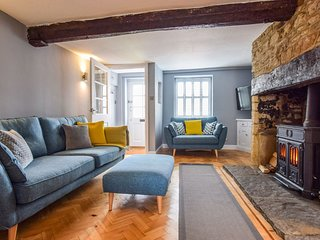 27 Horsefair, Malmesbury Sleeps 4 guests  in 2 bedrooms