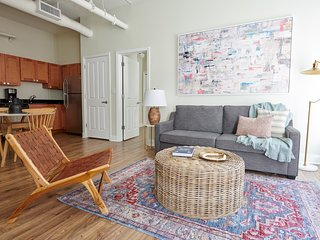Sonder | Financial District | Lively 2BR + Laundry