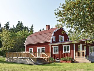 Amazing home in Tranås w/ Sauna, WiFi and 2 Bedrooms
