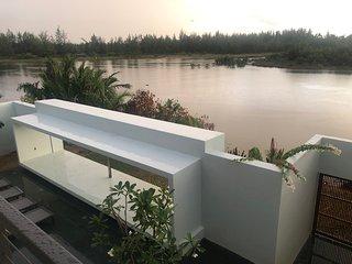 Akala Villa, Hoi An, Luxury 6 Bedroom Villa, Superb River Views, 3km to town