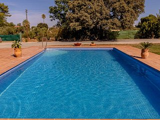 Rural setting cottage between Seville-Malaga. Ideal location to visit Andalusia