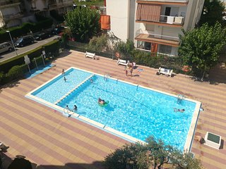 CALAFELL 5 BEACH :WIFI,SWIMMING POOL,PARKING