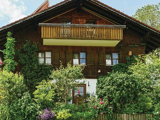 Beautiful home in Nesselwang w/ WiFi and 1 Bedrooms (DBA400)
