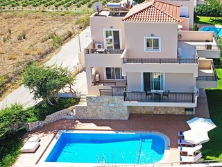Modern villa,Walking distance to beach,Private pool,Near tavern,Chania 1