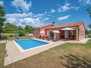 Stunning home in Vinez w/ WiFi and 3 Bedrooms (CIK538)