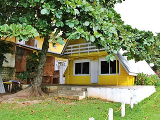 Casa beira mar para aluguel de temporada - Praia de Bombas/Bombinhas SC