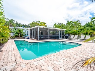 Modern Monroe Spectacular 4/2 For 10, Heated Pool