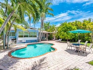 Tropical Cabana 2/2 For 6 Guests, Heated Pool
