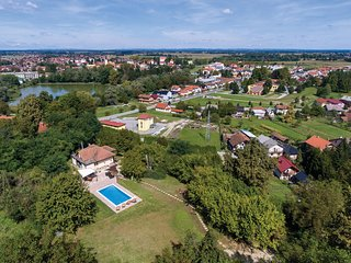 Amazing home in Ludbreg w/ WiFi and 3 Bedrooms (CCC054)