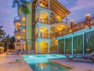 Stunning apartment in Novi Vinodolski w/ Outdoor swimming pool, WiFi and 1 Bedro