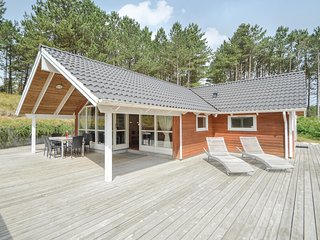 Beautiful home in Rømø w/ Sauna, WiFi and 3 Bedrooms (R10151)