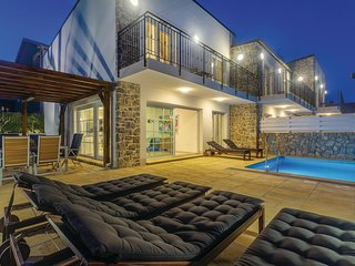 Stunning home in Kornic w/ Outdoor swimming pool, WiFi and 3 Bedrooms