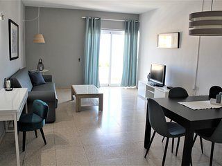 Apartamento con vistas playa y WIFI