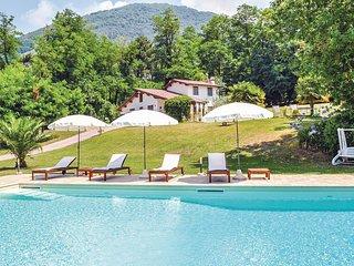 Rustig gelegen rustiek vakantiehuis met zwembad (ITV419)