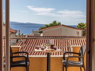 Beautiful home in Baska Voda with WiFi and 1 Bedrooms (CDE542)