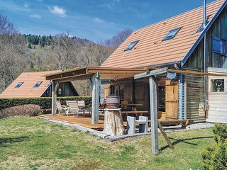 Beautiful home in St. Maurice S/Moselle w/ WiFi and 3 Bedrooms