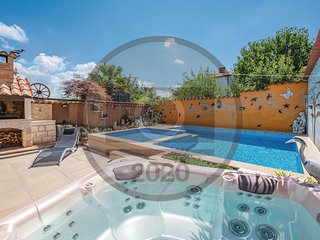 Awesome home in Baderna w/ WiFi and 2 Bedrooms (CIE312)