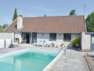 Stunning home in Gilleleje w/ Outdoor swimming pool, WiFi and 3 Bedrooms